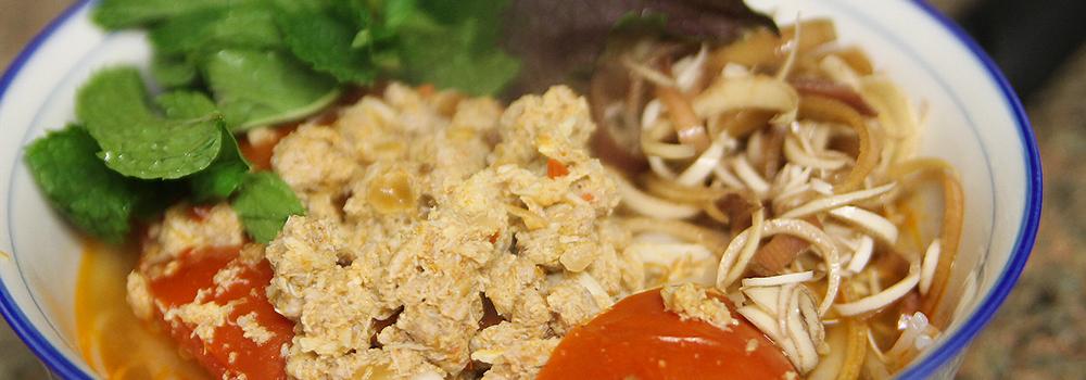 Bun Rieu – Vietnamese Crab Noodle Soup