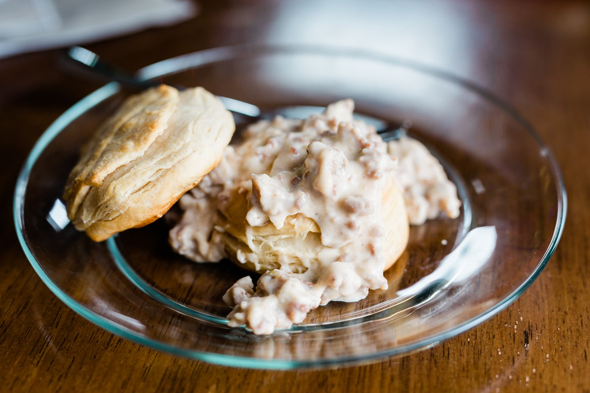 Easy Biscuits and Gravy Recipe