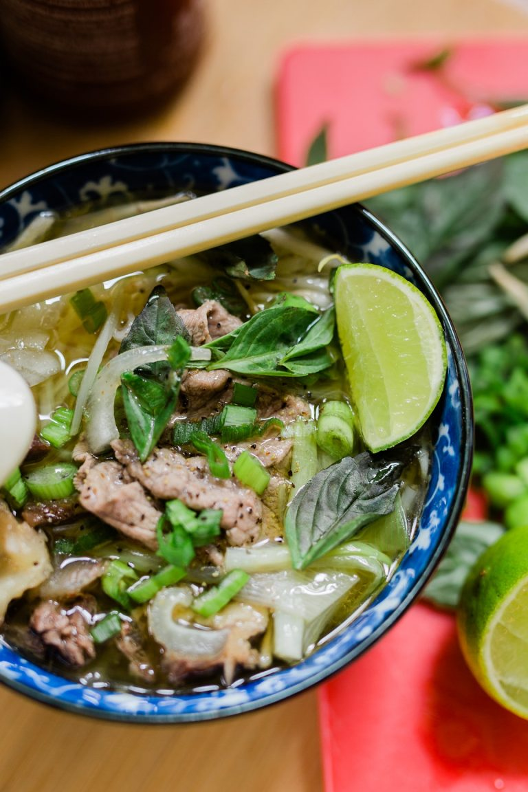 Beef Pho, Pho Bo Recipe, Vietnamese Beef Noodle Soup